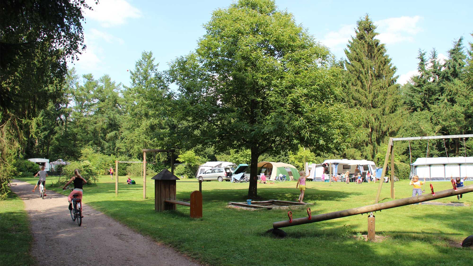 Basisplaats kamperen Molecaten Park Landgoed Molecaten 01