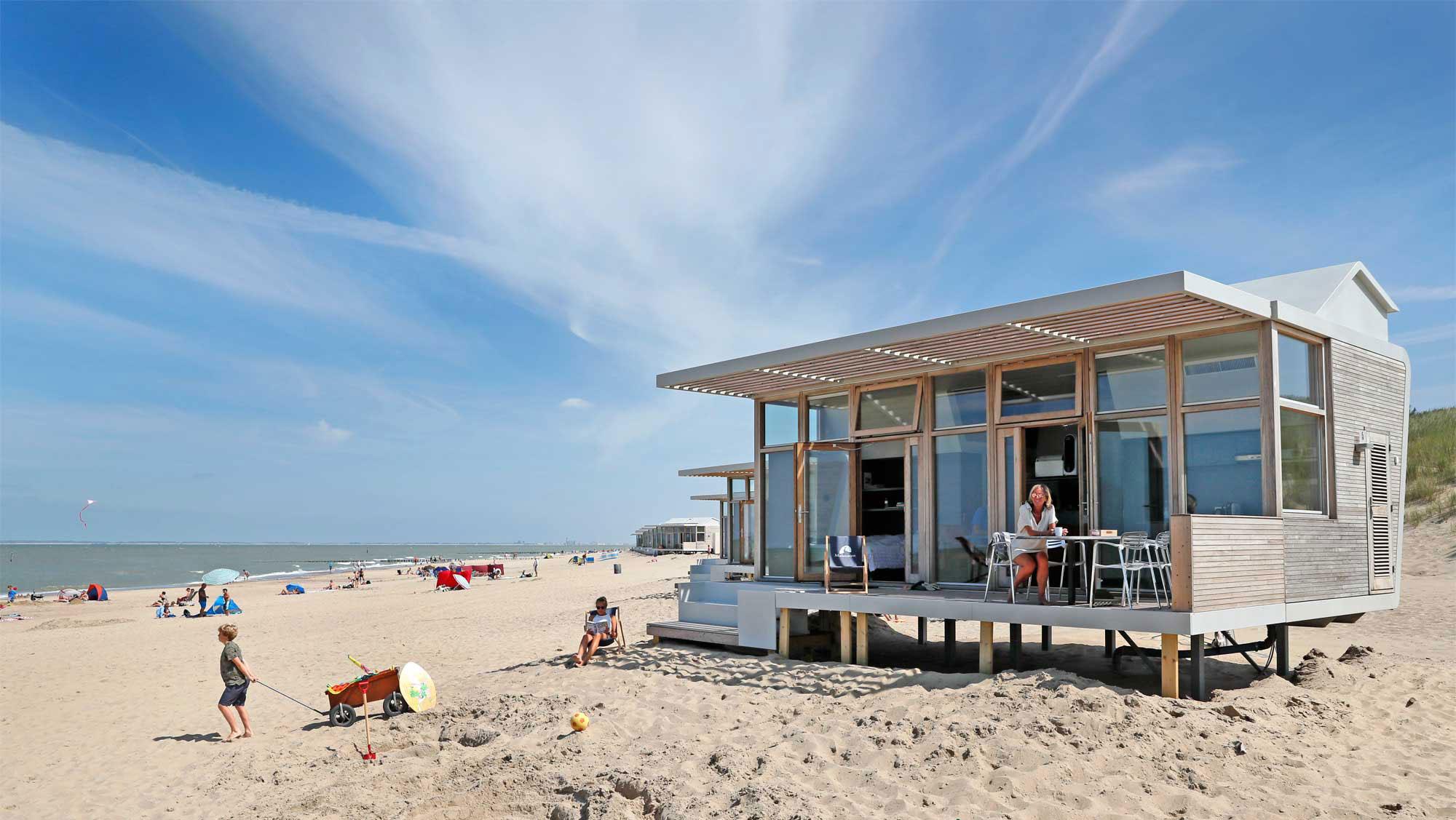6pers strandhuisje Molecaten Park Hoogduin 01