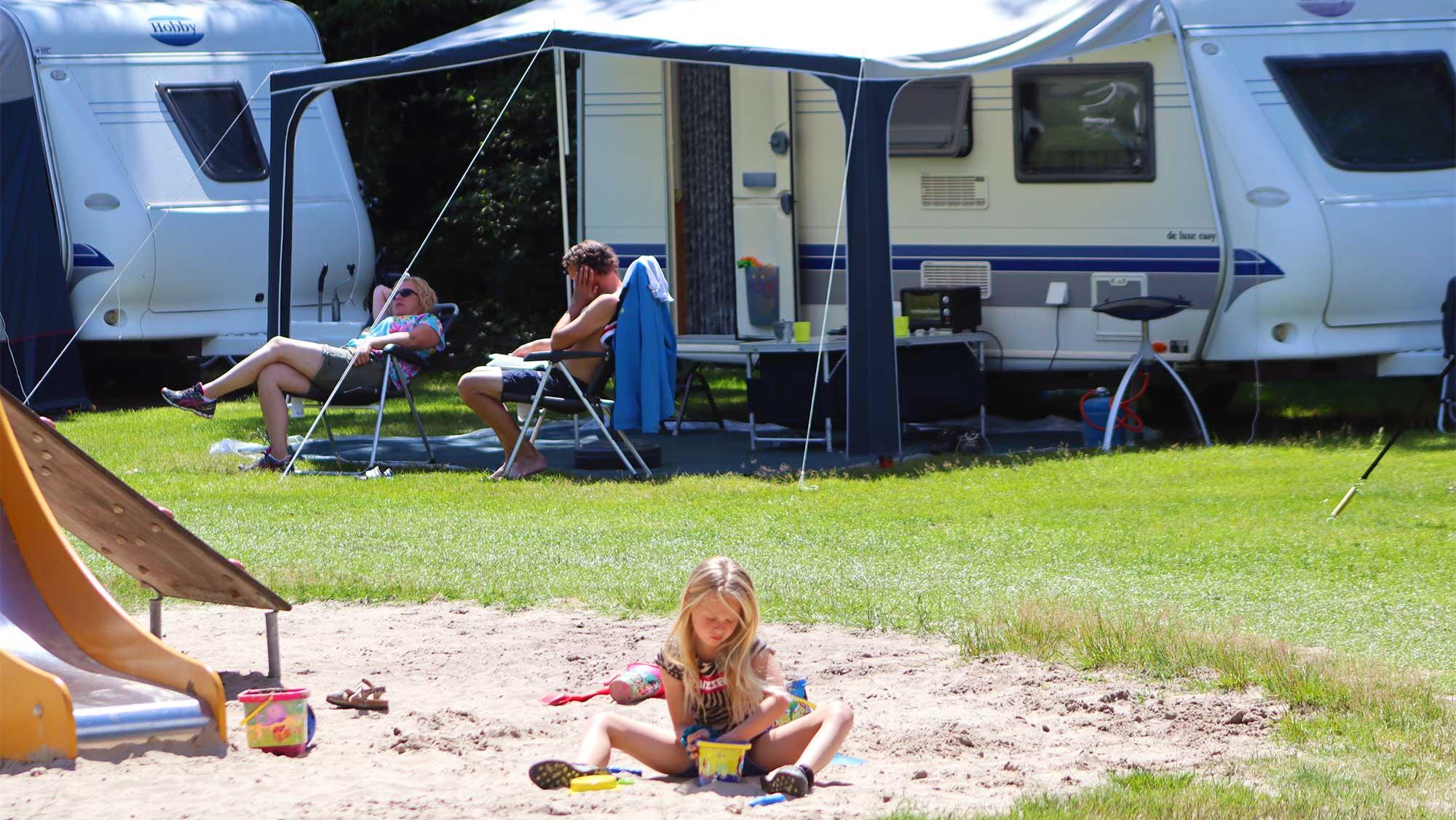 Comfortplaats A kamperen Molecaten Park t Hout 05