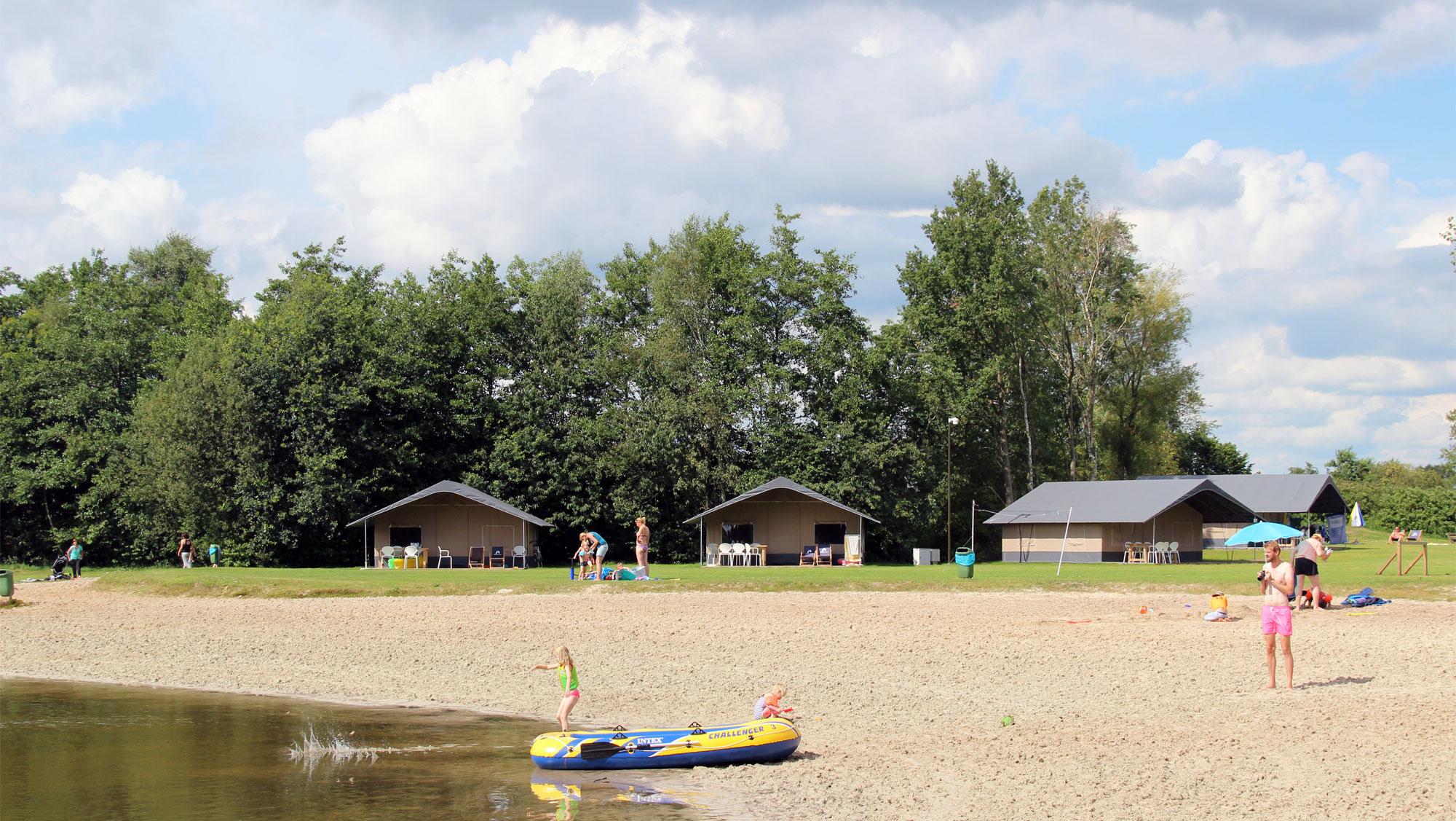 6pers ingerichte Drenthe tent Molecaten Park Het Landschap 01