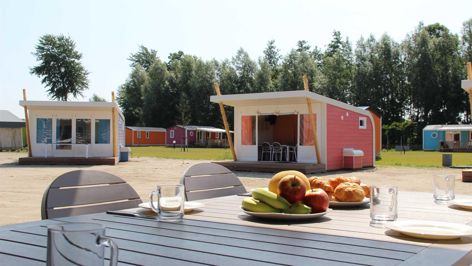 5pers kampeer cabin Vlinder Molecaten Park Flevostrand 04