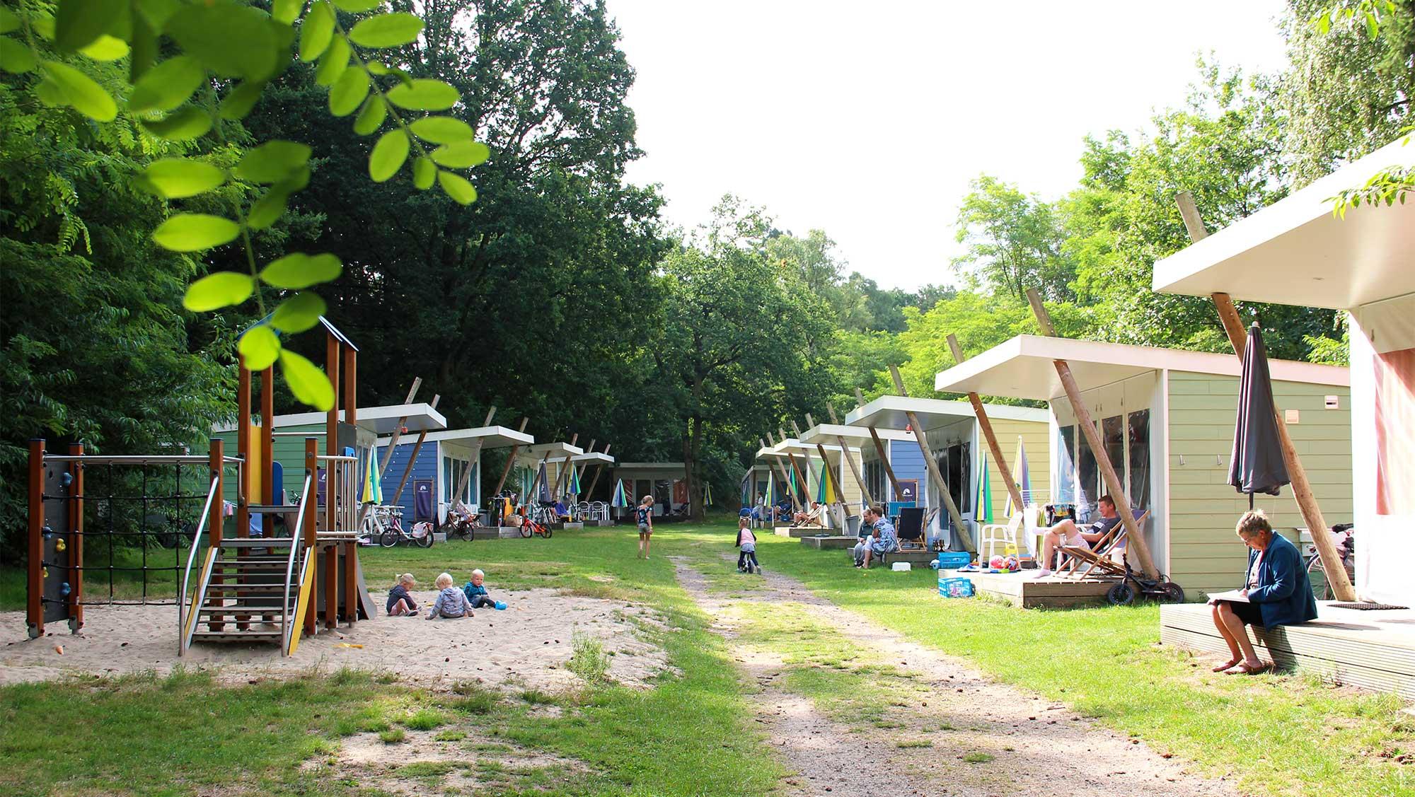 5pers kampeer cabin Vlinder Molecaten Park Landgoed Ginkelduin 02